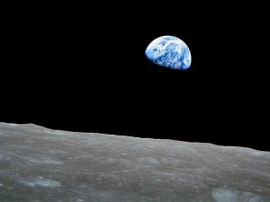 awe-inspiring-views-earth-apollo_69605_600x450